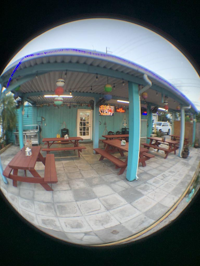 Cuban_Restaurant_Nearby_in_Marathon_restaurant_open_air