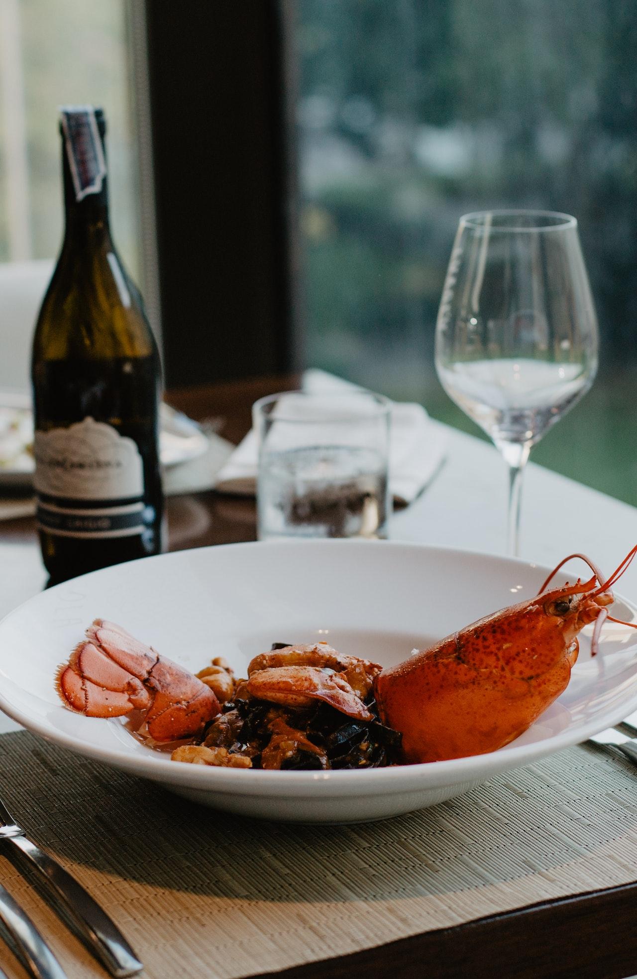 Buy_Lobster_Tails_Online_in_Marathon_warm_water_lobster