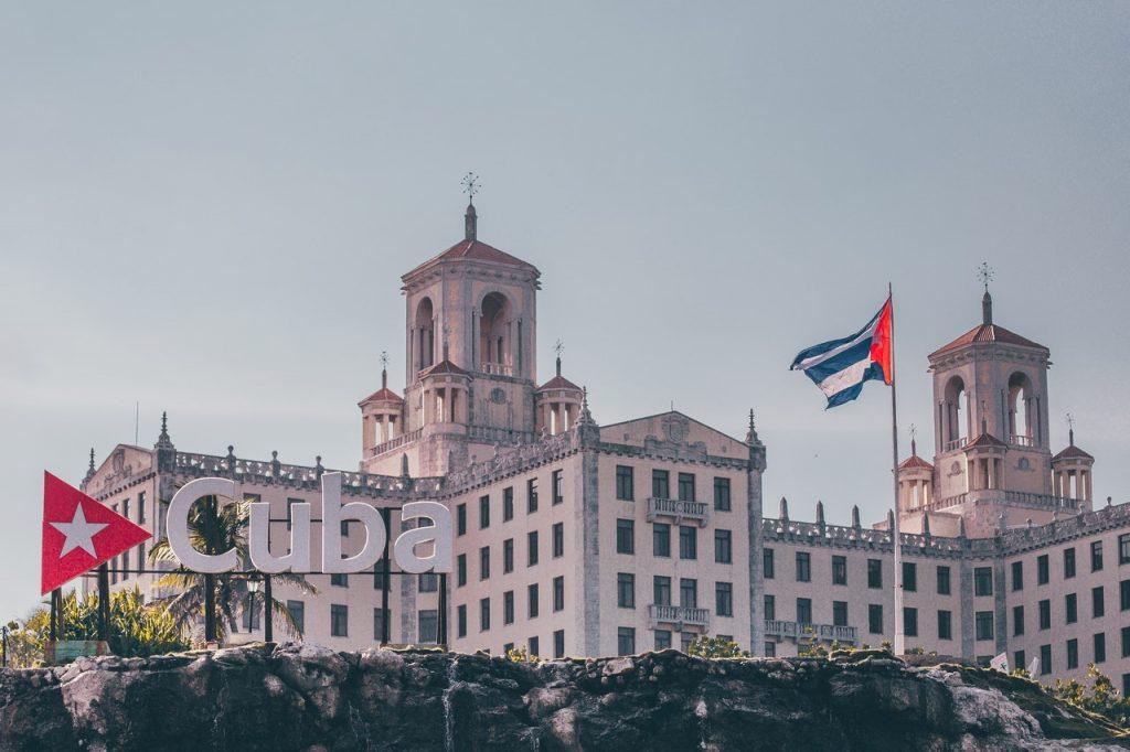 Cuban_Cafe_Restaurant_in_Marathon_visiting