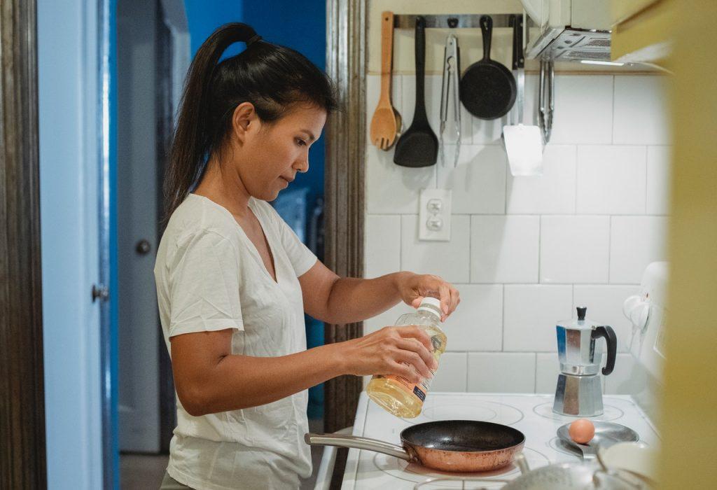 Cuban_Sandwich_Restaurant_Near_Me_cooking